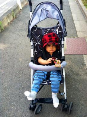 Eiji dengan si buggy.