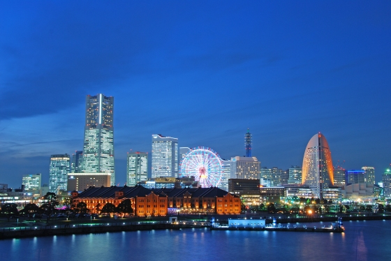 Minato Mirai di malam hari. gambar dari Wikipedia.